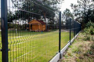 Panel Ogrodzeniowy 153 cm HR4 RAL9005 czarny podmurówka systemowa Ogrodzenie Panelowe Radom Panele przetłaczane ogrodzeniowe 3D ogrodzenia systemowe producent Starachowice Lipsko