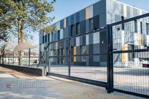 Ogrodzenie panelowe Ogrodzenia murowane brama przesuwna furtka antracyt grafit pustak łupany podmurówka Radom Zwoleń montaż