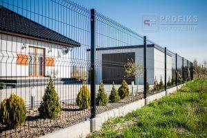 Panel Ogrodzeniowy 153 cm HR4 RAL9005 czarny podmurówka systemowa Ogrodzenie Panelowe Radom Panele przetłaczane ogrodzeniowe 3D ogrodzenia systemowe producent Białobrzegi Warka