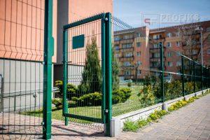 Panel Ogrodzeniowy 153 cm HR4 RAL6005 zielony podmurówka systemowa Ogrodzenie Panelowe Radom Panele przetłaczane ogrodzeniowe 3D ogrodzenia systemowe producent łącznik Przysucha Zwoleń