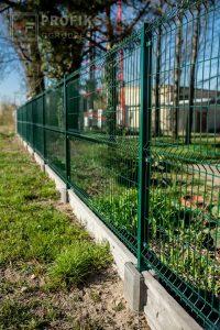 Panel Ogrodzeniowy 153 cm HR4 RAL6005 zielony podmurówka systemowa Ogrodzenie Panelowe Radom Panele przetłaczane ogrodzeniowe 3D ogrodzenia systemowe producent łącznik Lipsko Jedlińsk