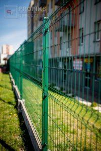 Panel Ogrodzeniowy 153 cm HR4 RAL6005 zielony podmurówka systemowa Ogrodzenie Panelowe Radom Panele przetłaczane ogrodzeniowe 3D ogrodzenia systemowe producent łącznik Pionki Końskie