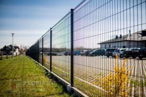 Panel Ogrodzeniowy 173 cm HR4 RAL9005 czarny podmurówka systemowa Ogrodzenie Panelowe Radom Panele przetłaczane ogrodzeniowe 3D ogrodzenia systemowe producent Pionki Szydłowiec Kozienice