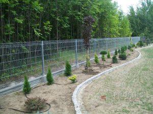 Panel Ogrodzeniowy 123 cm HR4 ocynk ogniowy podmurówka systemowa Ogrodzenie Panelowe Radom Panele przetłaczane ogrodzeniowe 3D ogrodzenia systemowe producent łącznik Warka Białobrzegi