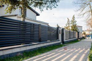 Ogrodzenie murowane łupane pustak łupany biały grafit ogrodzenia metalowe nowoczesne poziome profile żaluzja Radom producent stal spawana na wymiar Jedlińsk Zwoleń Pionki